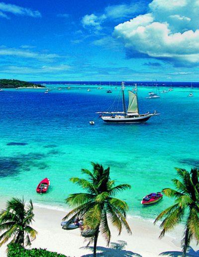 cosa-fare-a-Saint-Vincent-e-Grenadine-mare-e-spiagge